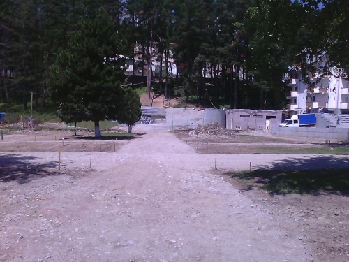 Busteni, o statiune renascuta, alee parcul central